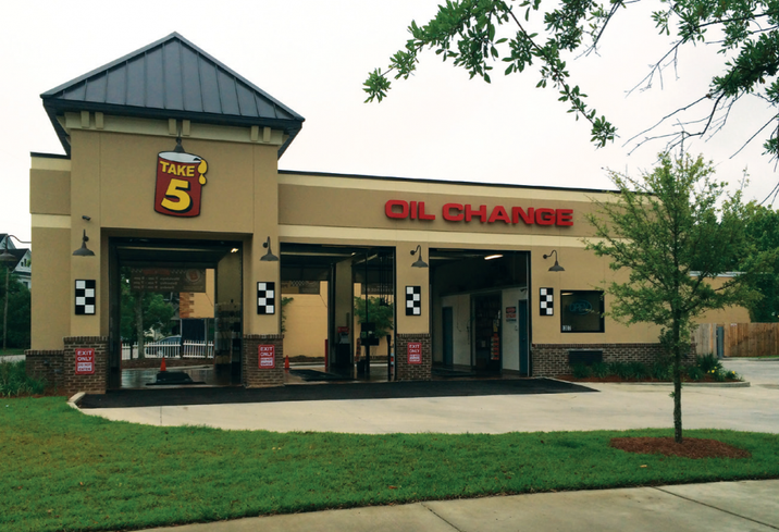 Take 5 Oil Change signed a ground lease on a .5-acre pad site located at 7817 Forest Lane near Medical City Hospital in Dallas. Clay represented the tenant in lease negotiations, while the landlord Alderi. was self-represented.