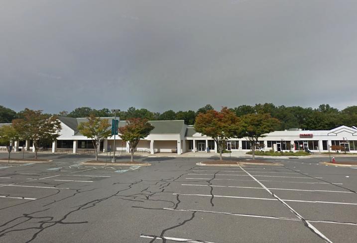 Tall Oaks Shopping Center