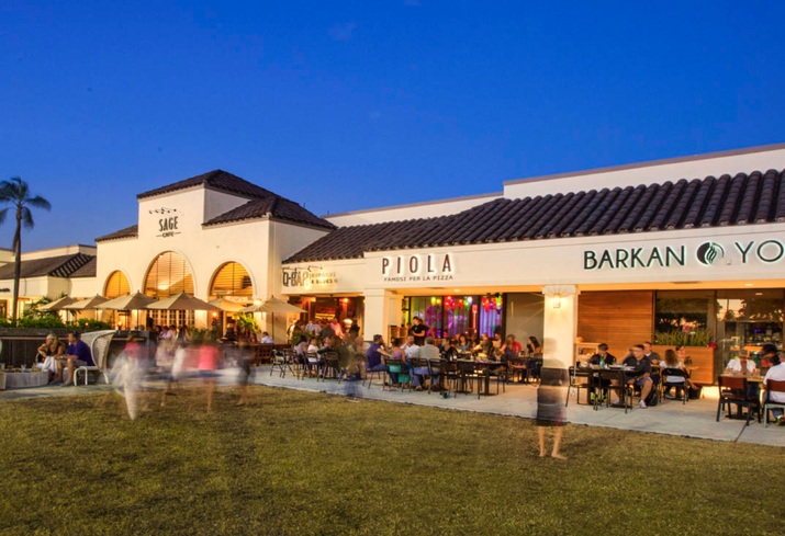 The Grocery-Anchored Shopping Plaza Still Rules, And Lululemon Wants In