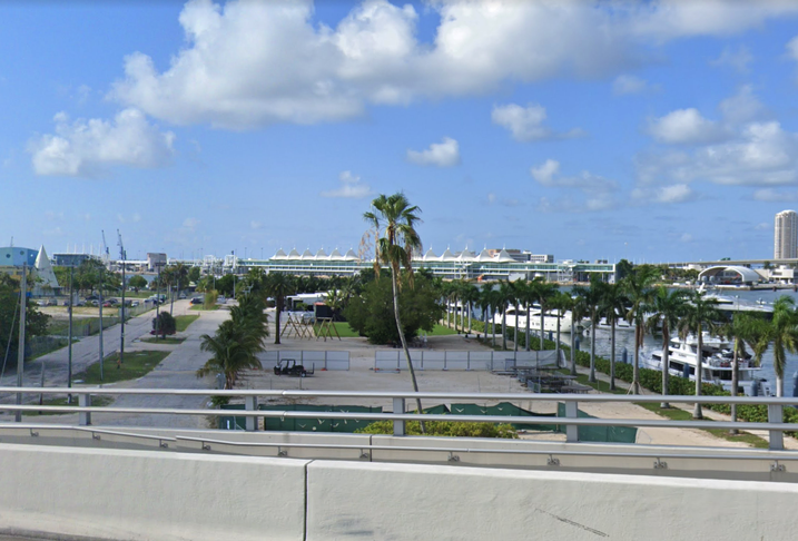 Watson Island in Miami, viewed from the MacArthur Causeway