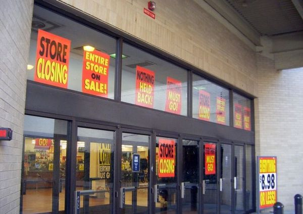 Moody's: U.S. Retail To Face 11% Rent Drop In 2020
