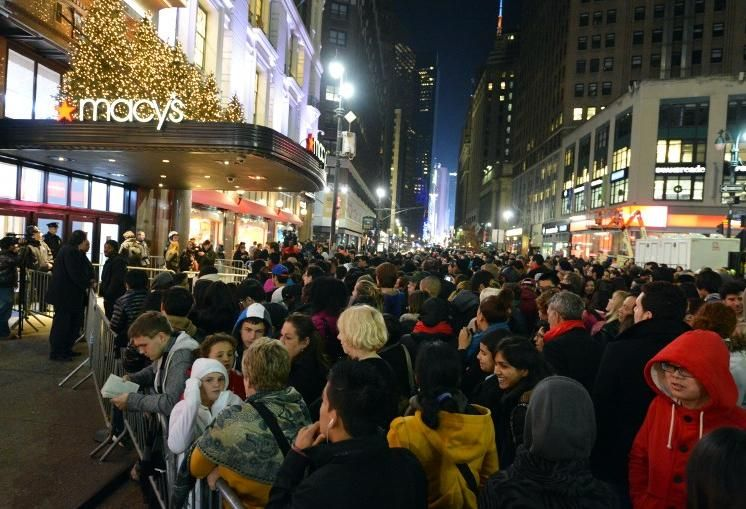 Bisnow Survey: What U.S. Shoppers Think About Black Friday This Year