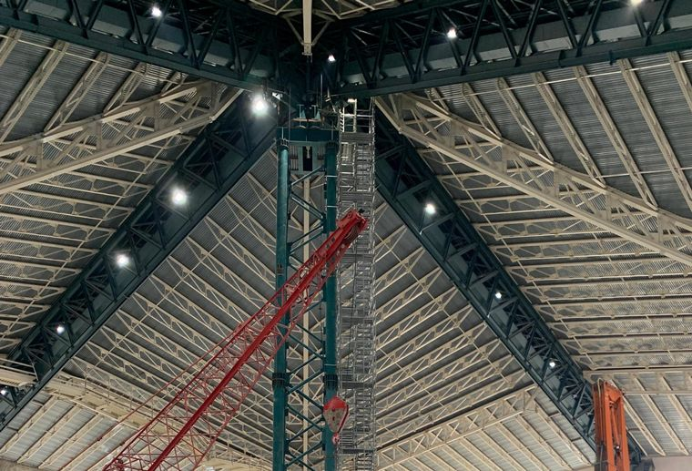 KeyArena Gutted, With 22 Million-Ton Roof Held Up By Steel Beams