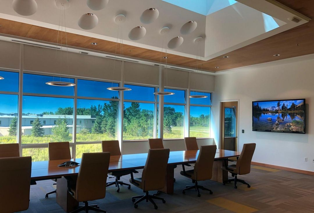 To Win Back Employees, Offices Need Daylight, Views And Fresh Air