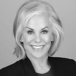 Lynn Dowdle